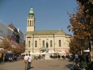 Еще церковь в центре Загреба