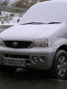 Тойота ками с номером р383ат. Первый гололед и снег 17.10.2009