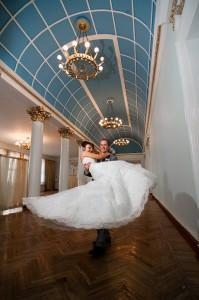 Во Дворце бракосочетаний - новая семья Чуковых
