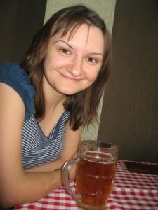 Оля с пивасиком