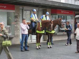 Конная полиция в Белграде