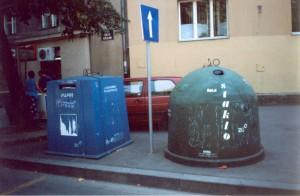 Мусорные баки в Загребе (Хорватия). 2001 г.