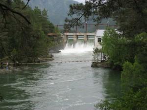 Чемальская ГЭС построена силами заключенных в 1935 году
