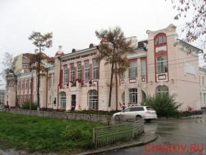 Главный корпус ТГПУ (перекресток улиц Герцена и Киевской)