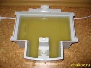 Мойка и увлажнитель воздуха boneco 1355N, грязная вода в поддоне